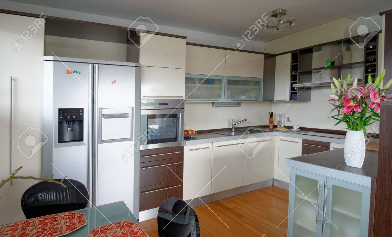 Intérieur de style maison moderne, cuisine