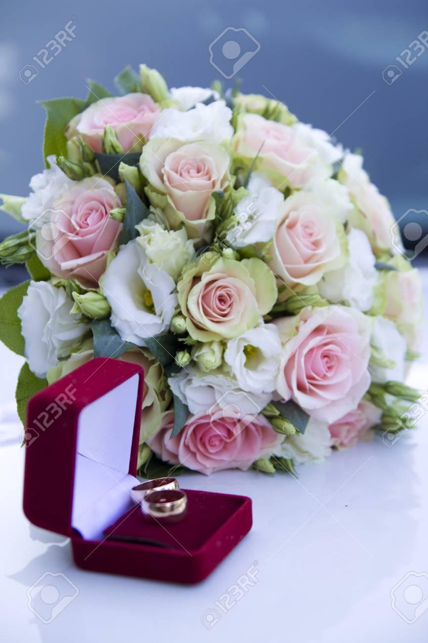 Hochzeit Stutzen Ringe Blumen Hochzeit Dekoration Details