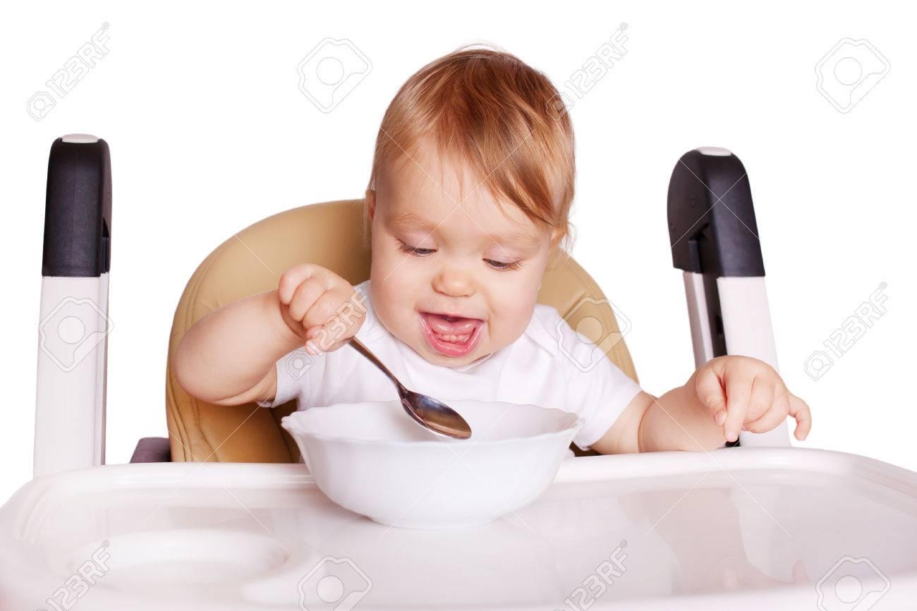 Zitstoel Voor Baby.Babyvoedsel Baby Die Zelf In Hoge Stoel Voor Het Voeden Eet