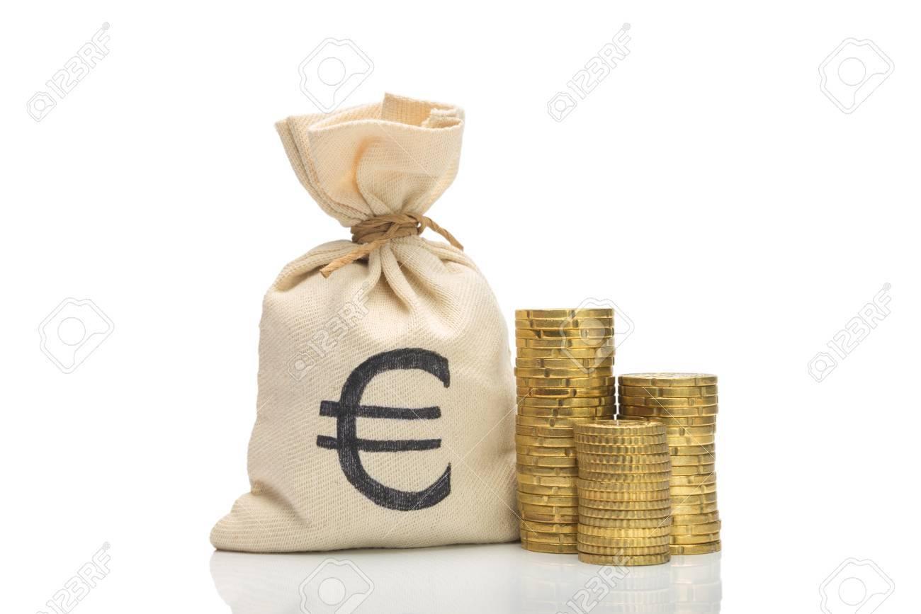 Geldsack Mit Euro Münzen Auf Weißem Isoltaed