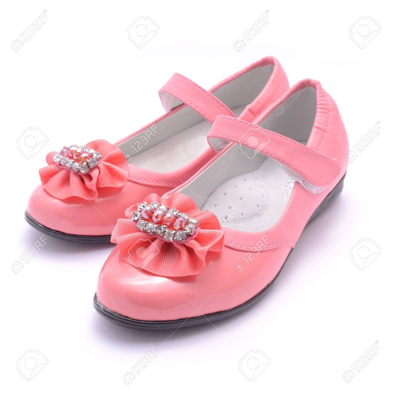 Kinderen Roze Schoenen Geïsoleerd Op Wit Royalty Vrije Foto