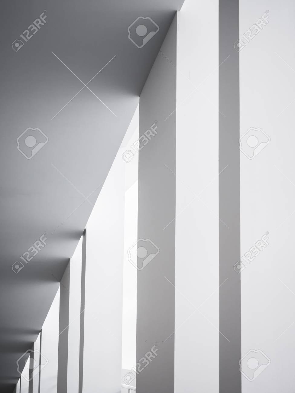Architecture details White columns Modern building geometric Abstract background - 115334600