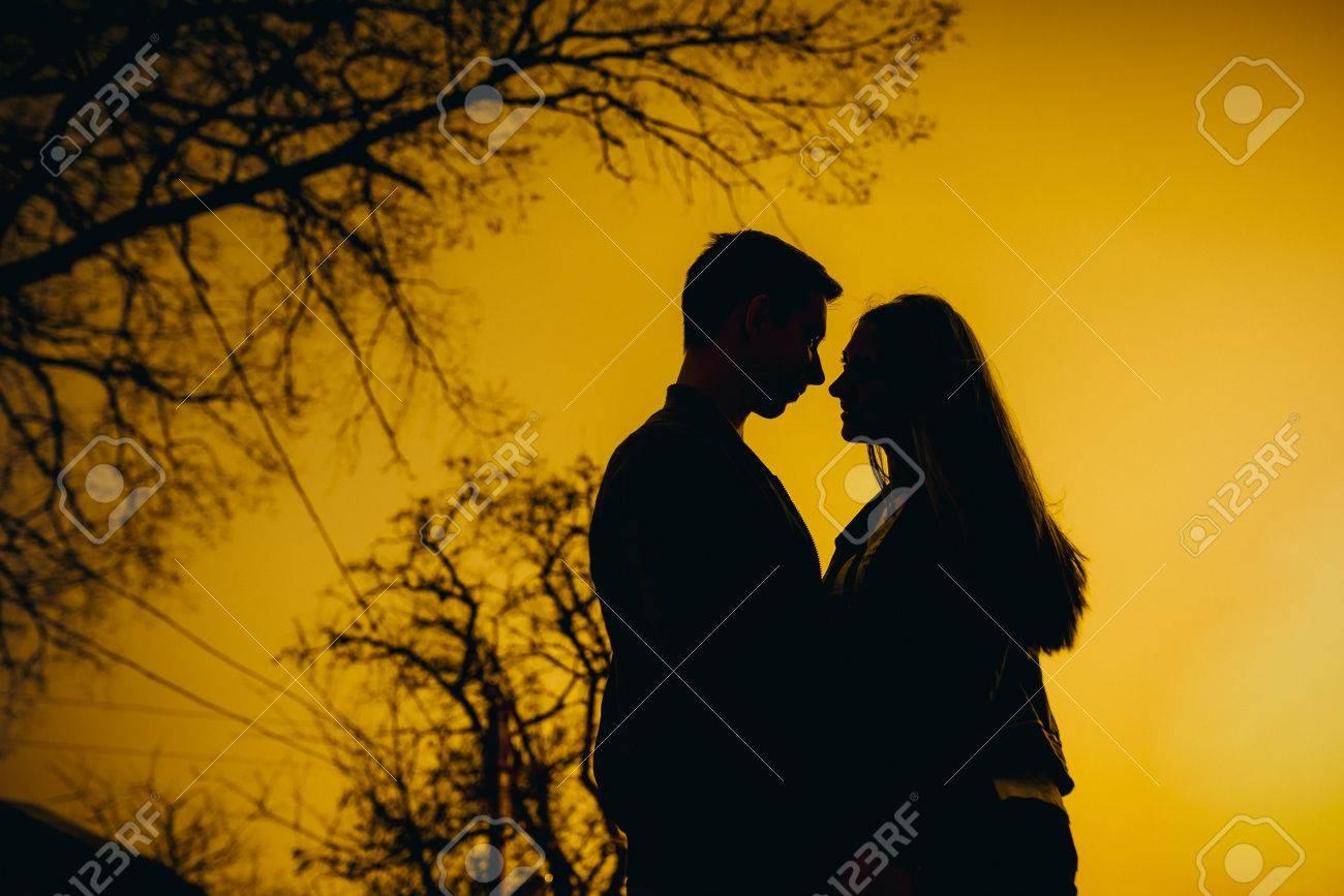 Kiss True Love Romantic Couple Love Wallpaper Hd Girls Dp