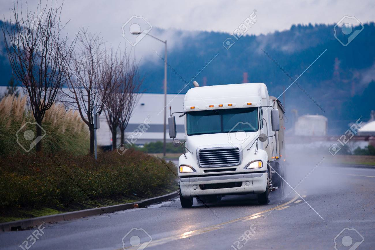 semi truck front images u0026 stock pictures royalty free semi truck