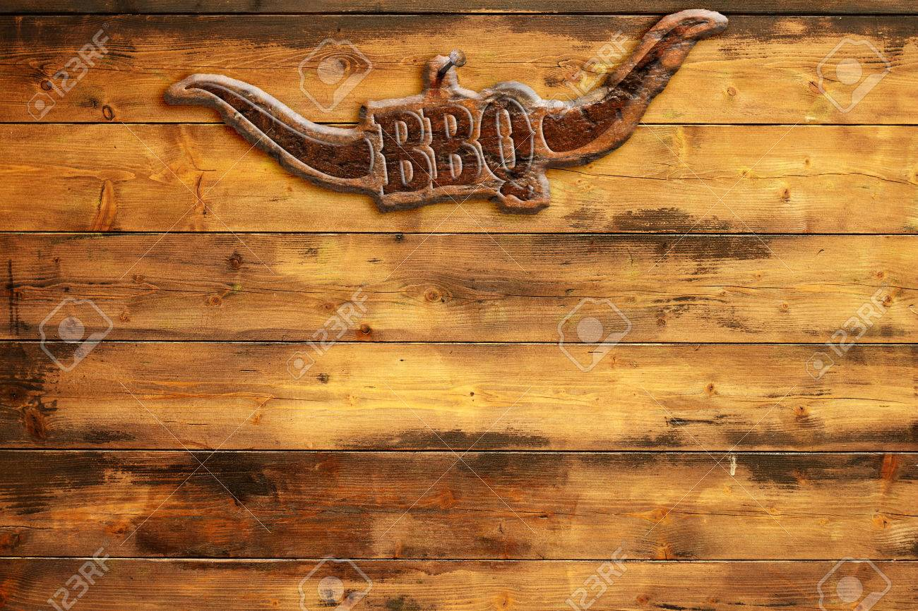"""plaque """"bbq"""" nailed to a wooden board - 43279356"""