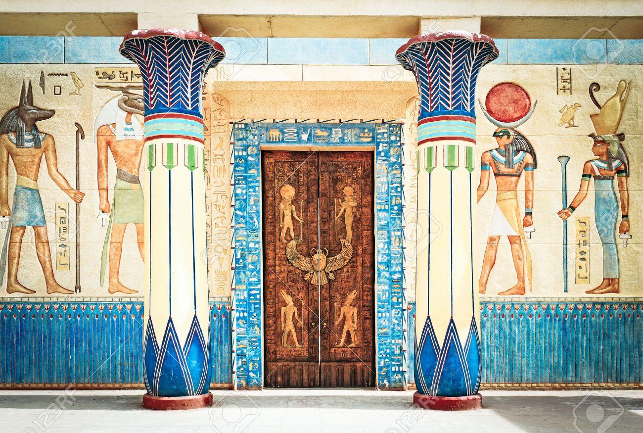 egypte dessin écriture égyptienne antique sur la pierre en Egypte L Egypte ancienne