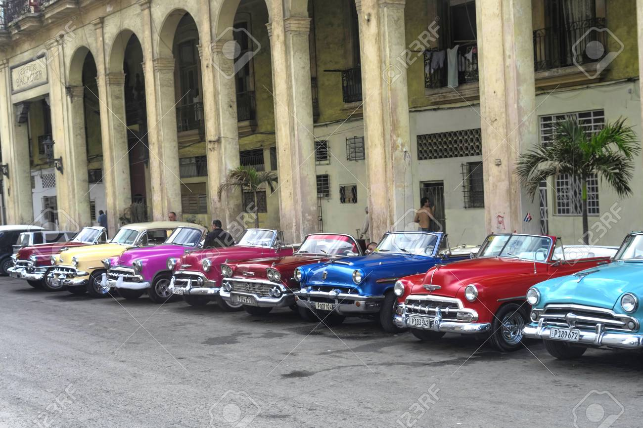 Havana Cuba January 4 2018 A Retro Classic American Cars