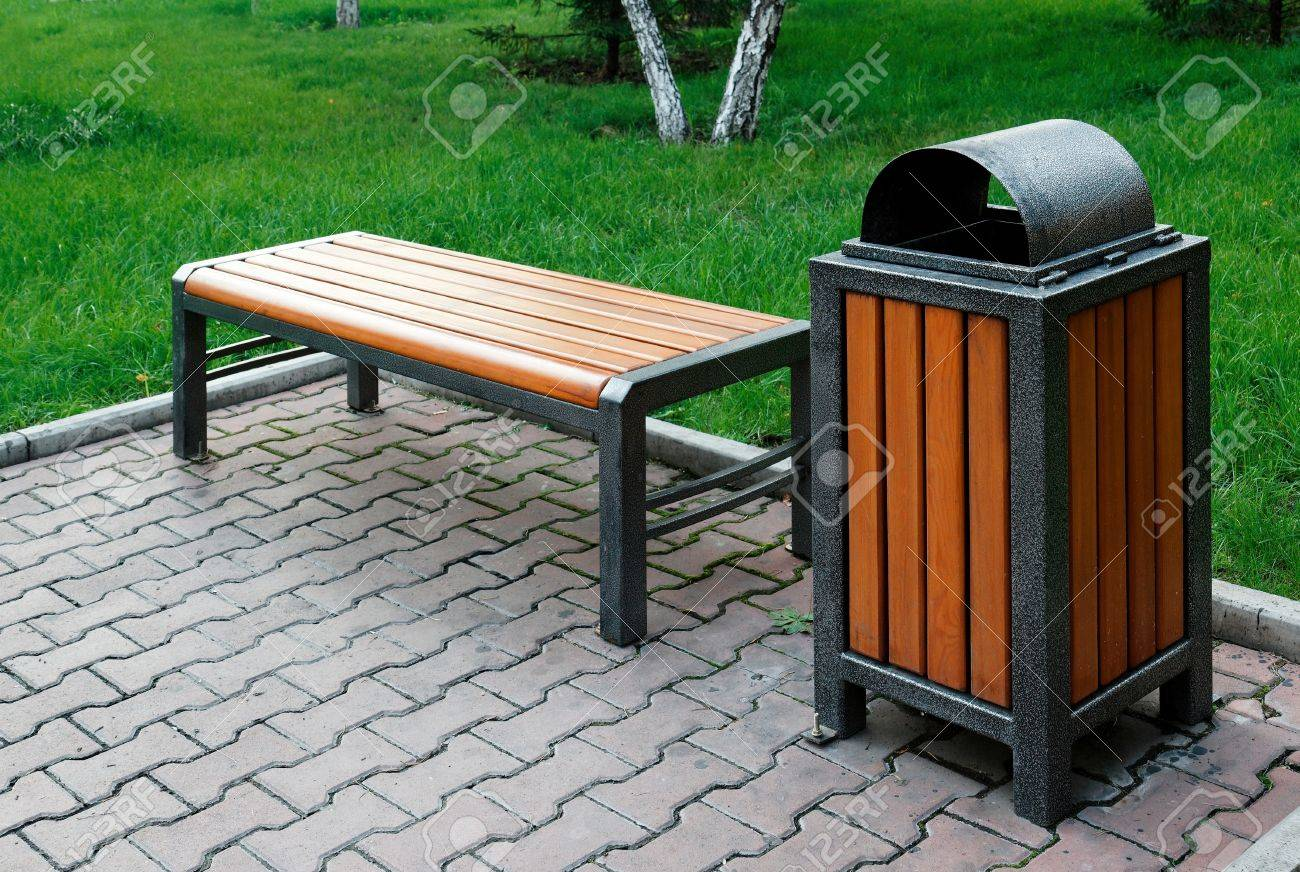 Public Park Benches Part - 22: Park Bench And Trash Can Stock Photo - 21440643