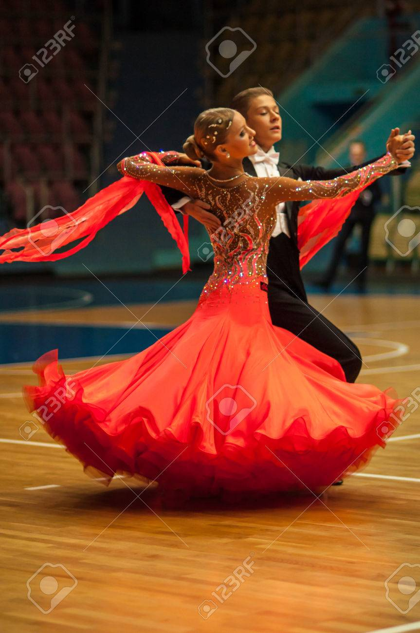 ORENBURG, ORENBURG region, RUSSIA, 3 October, 2014 year. Open Championship city of dancesport. Dance couple, - 33601972