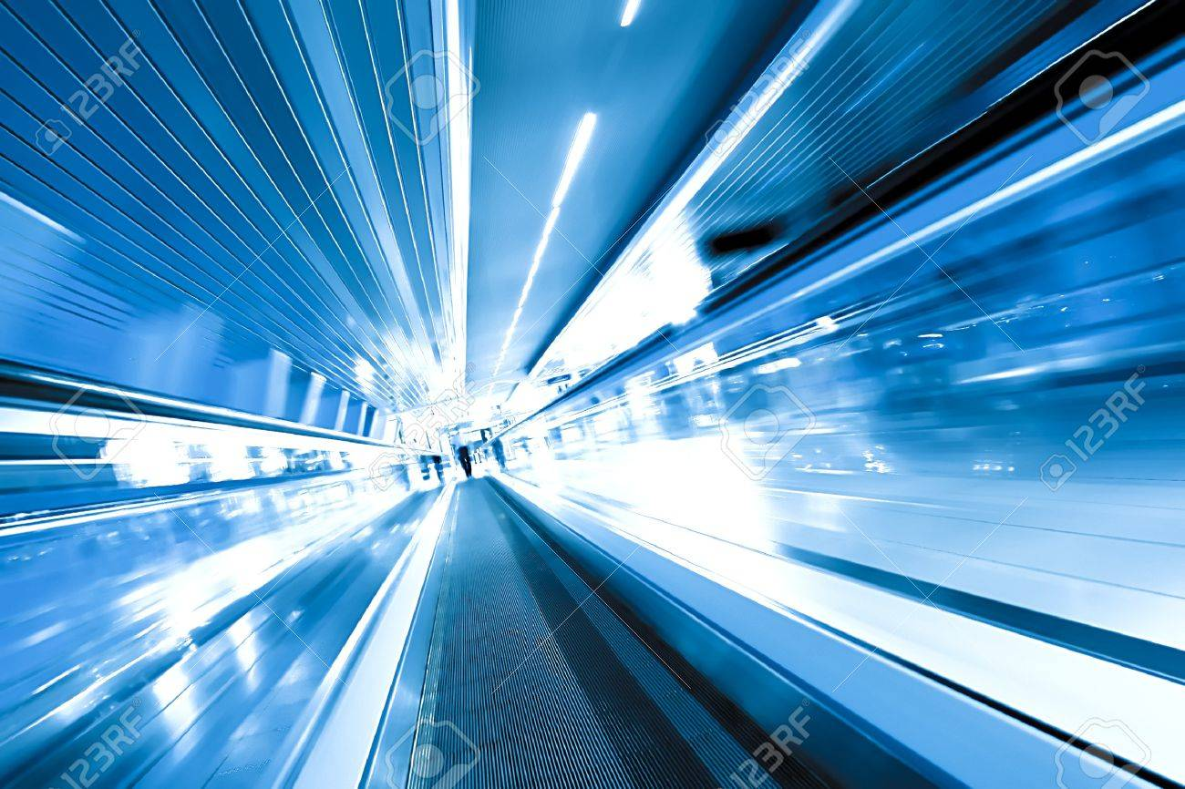 fast moving escalator by motion Stock Photo - 7242661