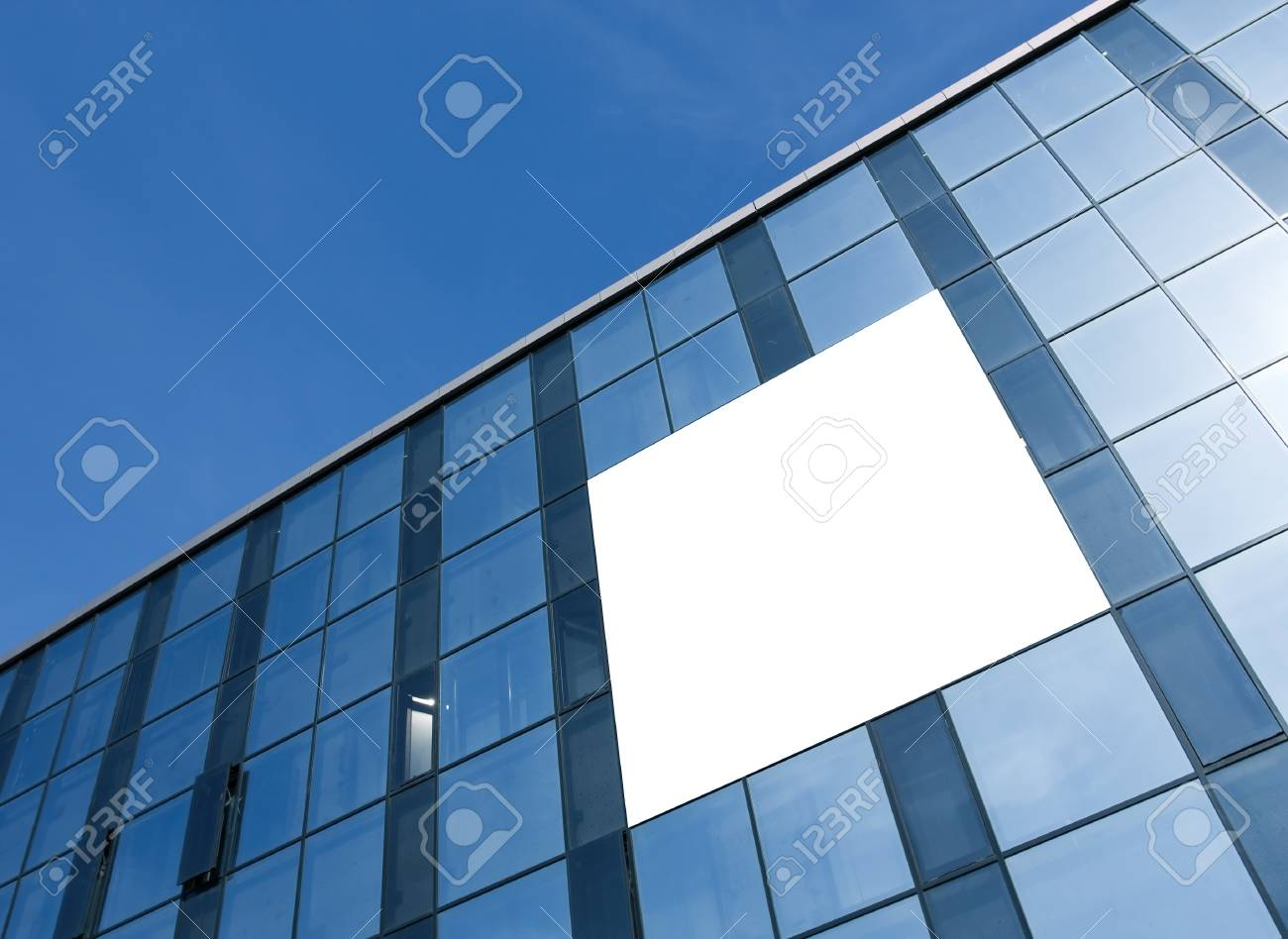 transparent glass wall with blank placard of skyscraper Stock Photo - 7971031