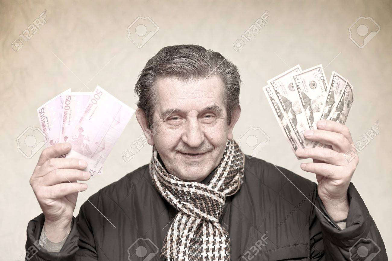 Free money elderly