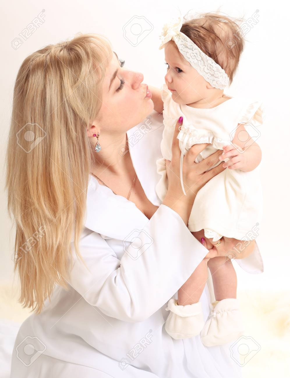 Happy mother with daughter Stock Photo - 17574939