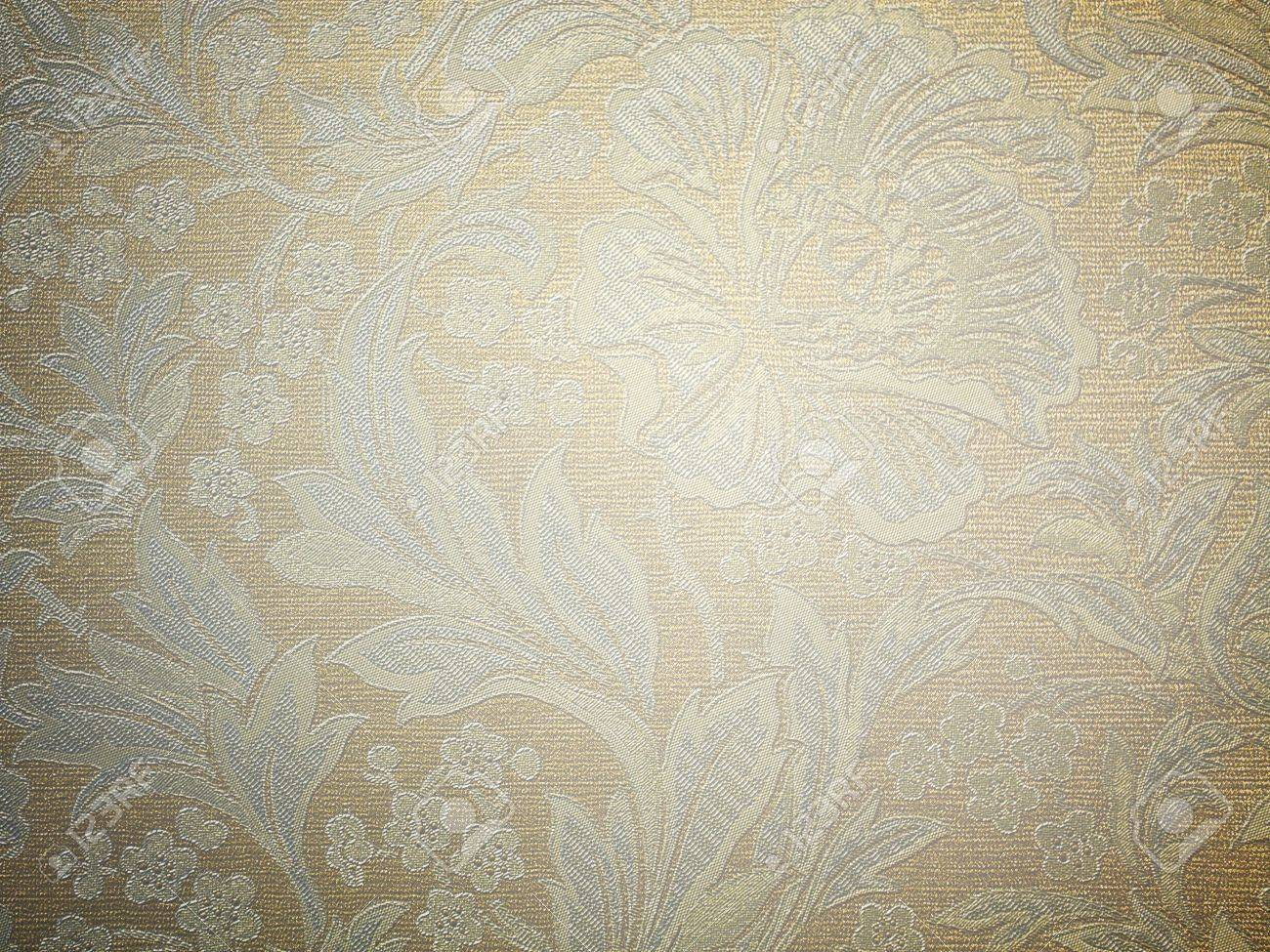 Background of an old wallpaper with messy and grungy warm brown retro flat texture Stock Photo - 19639167
