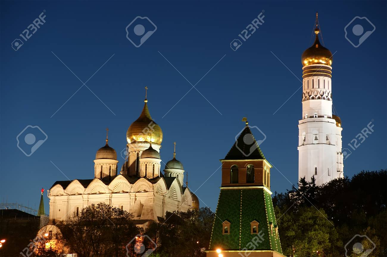 Russia, Moscow. Night view of the Kremlin Stock Photo - 11319396