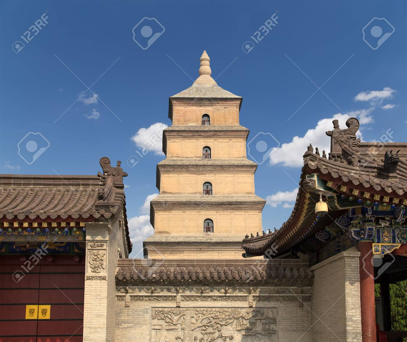 Giant Wild Goose Pagoda or Big Wild Goose Pagoda, is a Buddhist pagoda located in southern Xian (Sian, Xi'an),Shaanxi province, China Stock Photo - 24149728