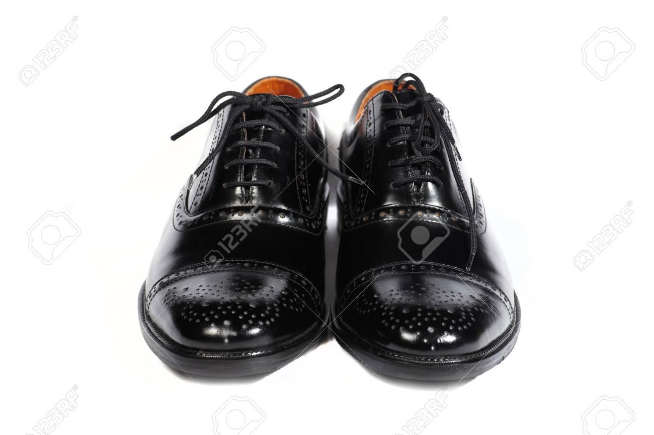 Schuhe weiß Leder auf weißem Hintergrund, isoliert. Paar