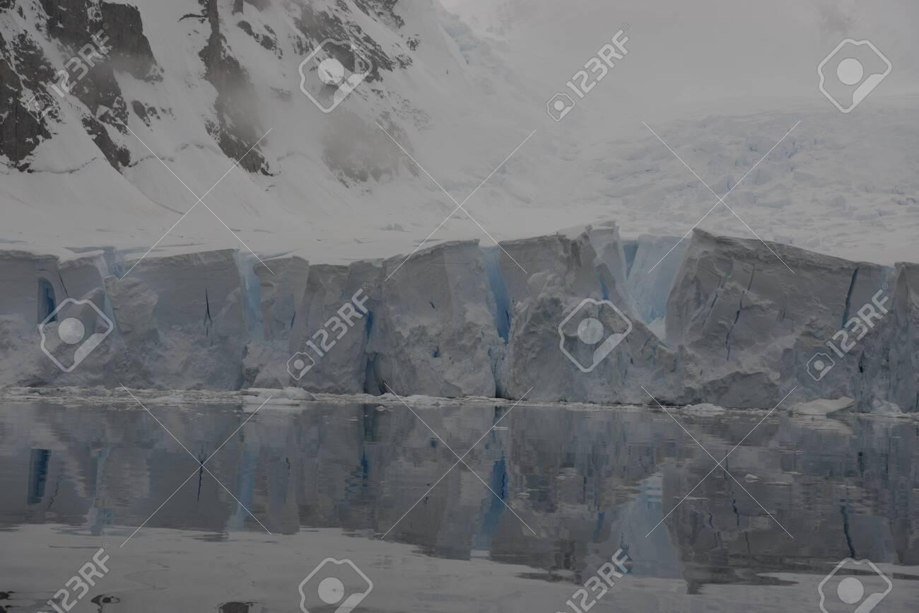 Beautiful view of icebergs in Antarctica - 143573569