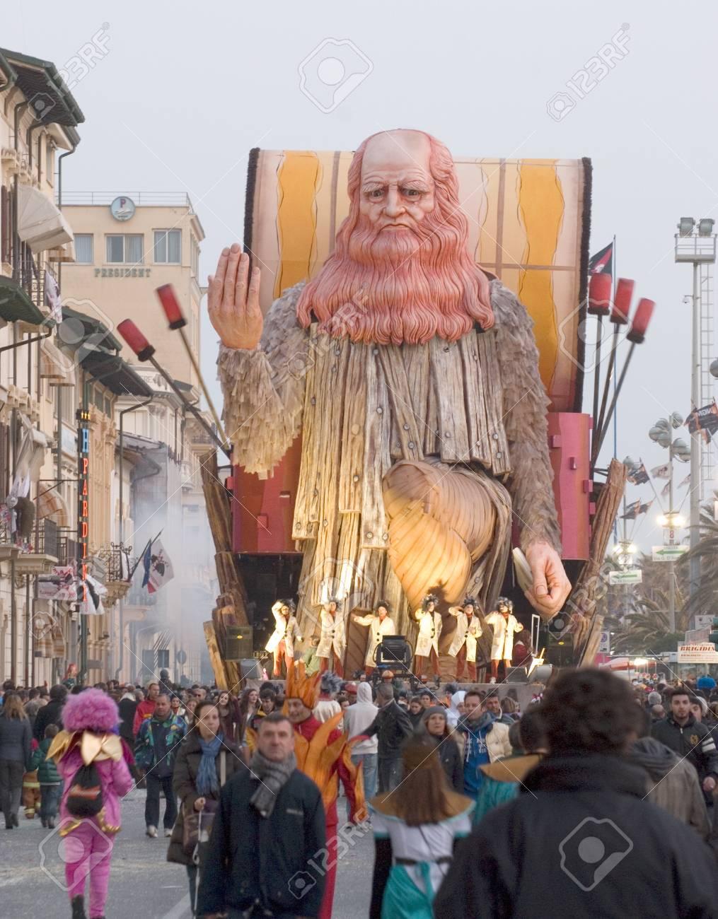 VIAREGGIO, ITALY - MARCH 4  One of the carnival floats in the famous carnival of Viareggio, on March 4, 2012, in Viareggio, Italy   Stock Photo - 13096451