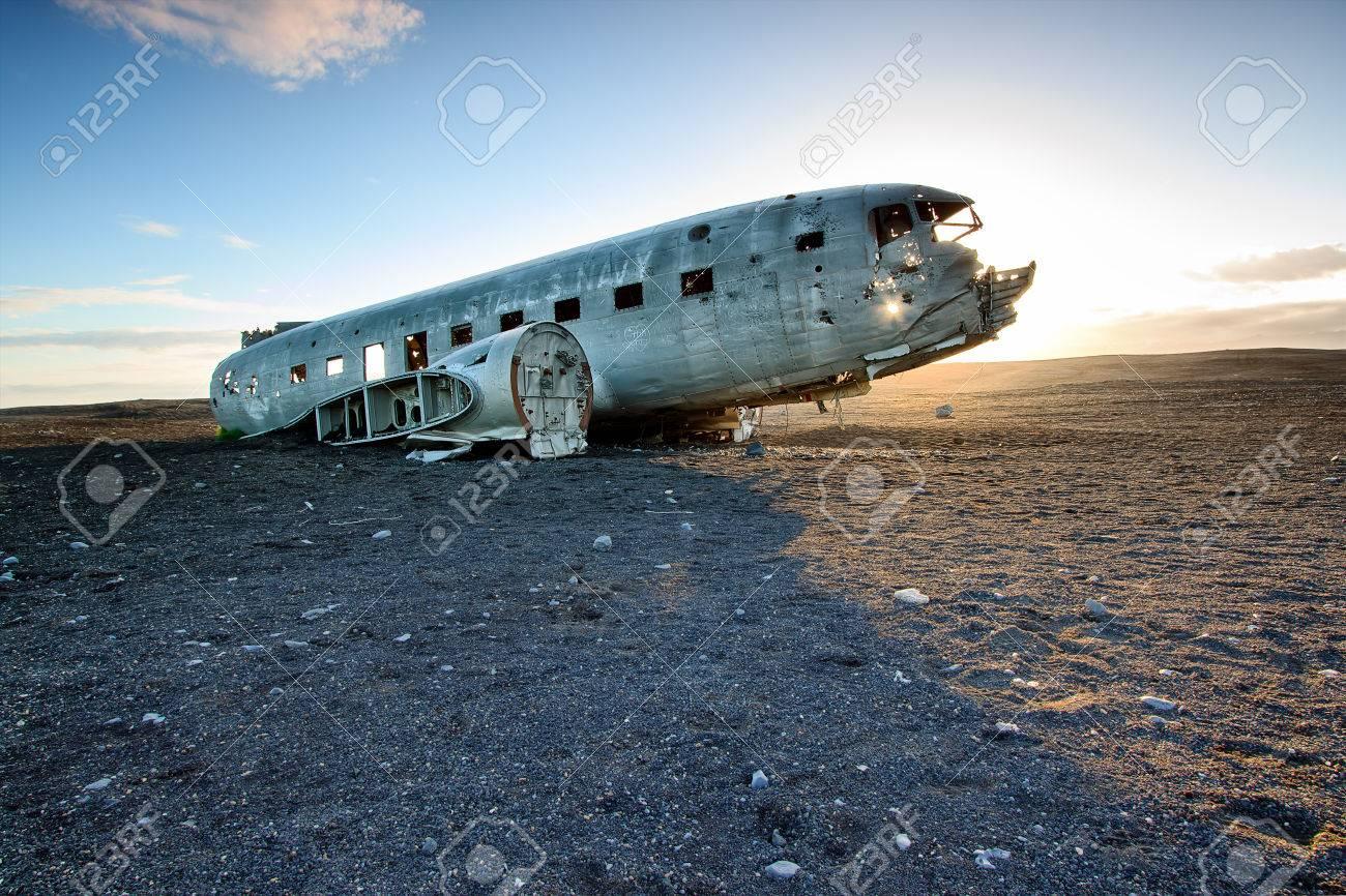 plane crash stock photos u0026 pictures royalty free plane crash