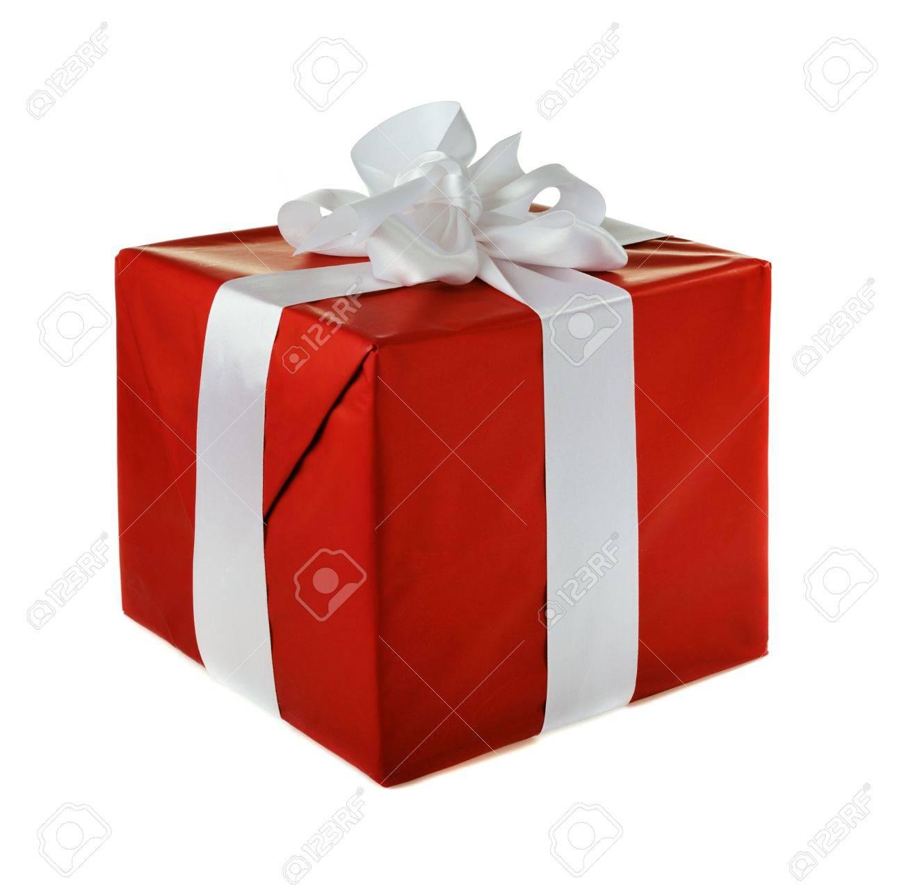 Kerst Cadeau Rood Met Witte Satijnen Strikje Geïsoleerd Op Witte Achtergrond