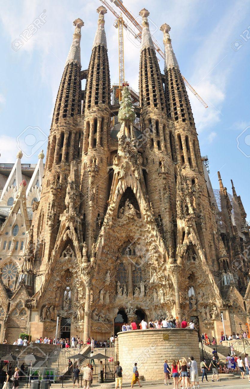Resultado de imagen de catedral gaudi