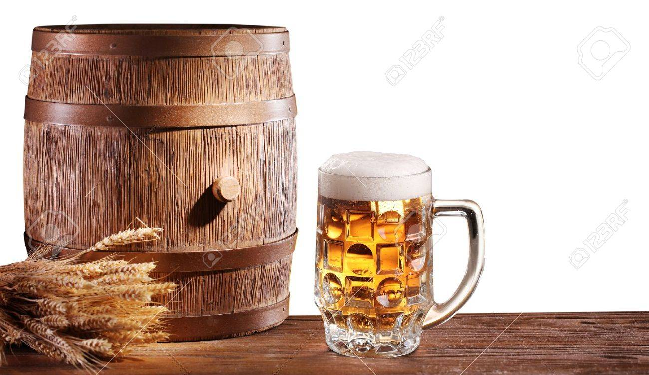 Beer glasses with a wooden barrel on a white background  File contains a clipping path Stock Photo - 18165714
