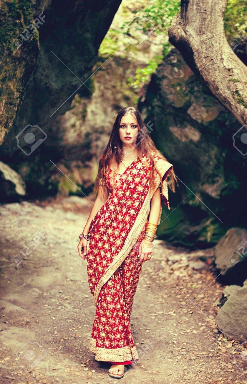 Series. young beautiful brunette in the indian national dress Stock Photo - 8776001