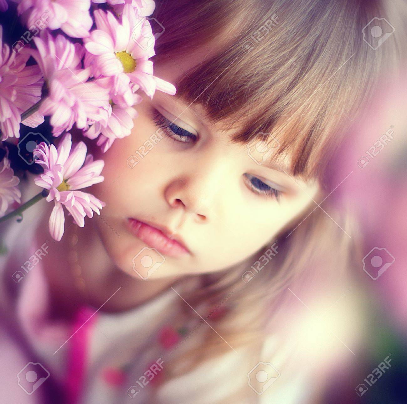series. Rest of the little girl in village Stock Photo - 9501367