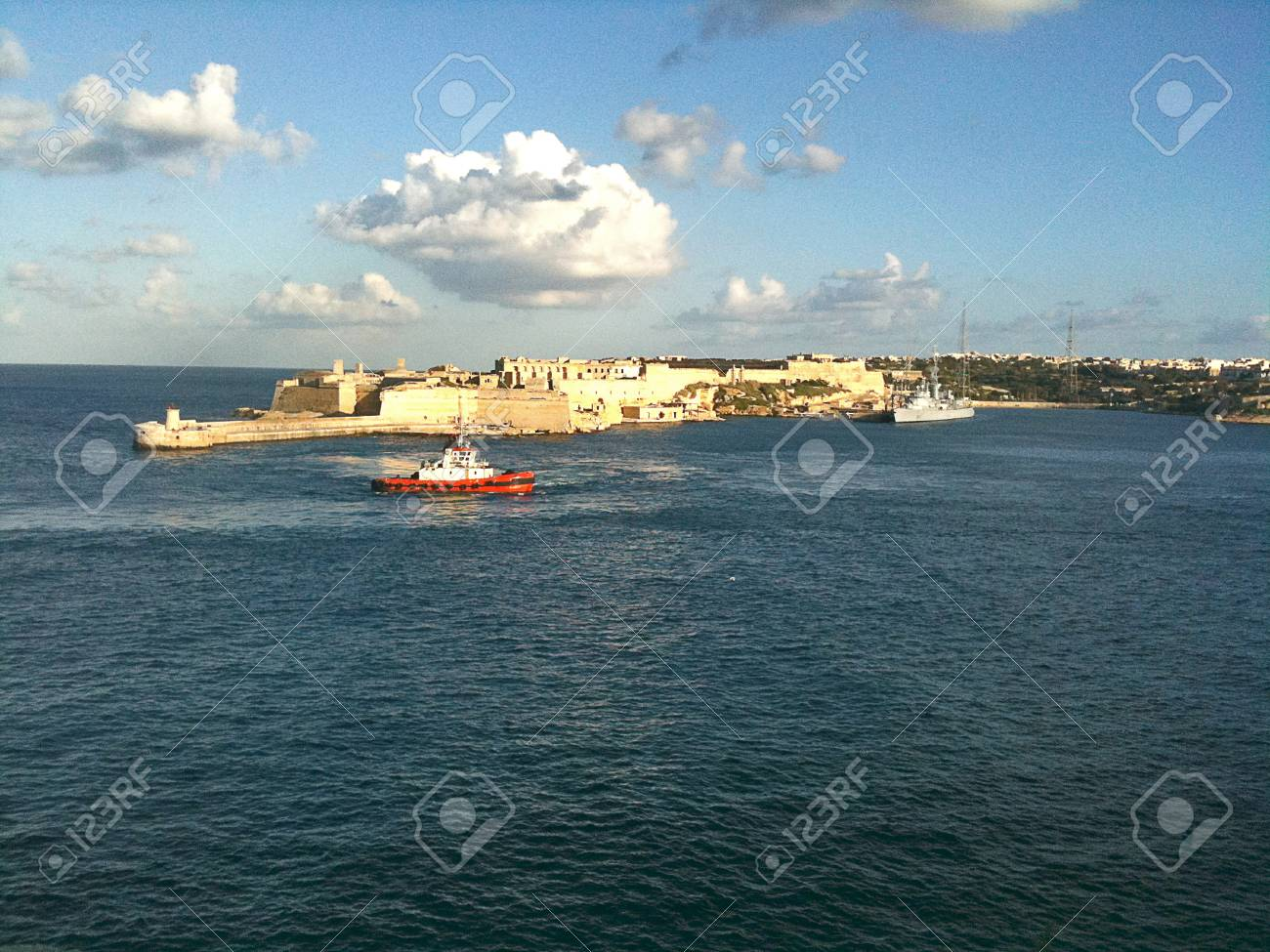 The harbor entrance at Valletta - 34391661