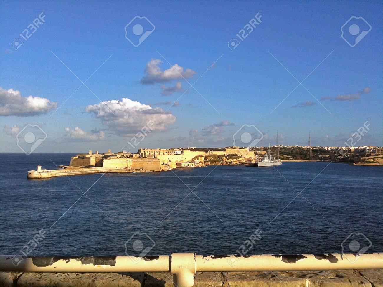 Valletta harbor - 34360462
