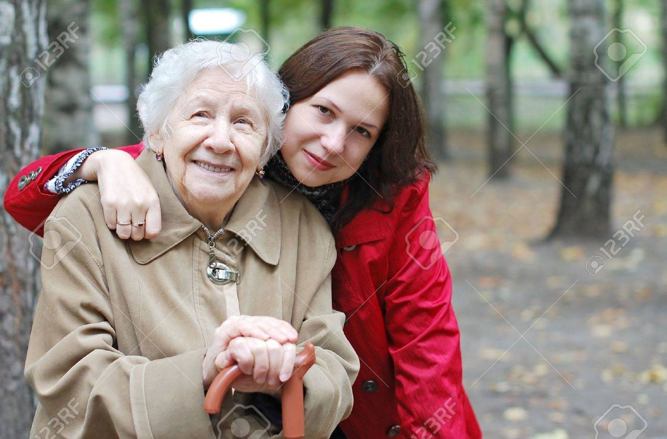Grandmother and granddaughter embraced and happy Standard-Bild - 5567097
