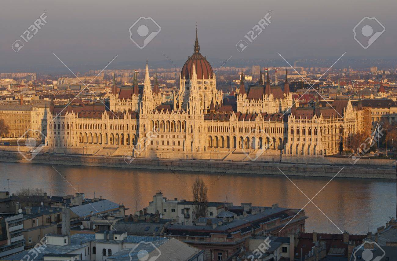 Famous building of Hungarian parliament in evening light, Budapest Stock Photo - 16686929