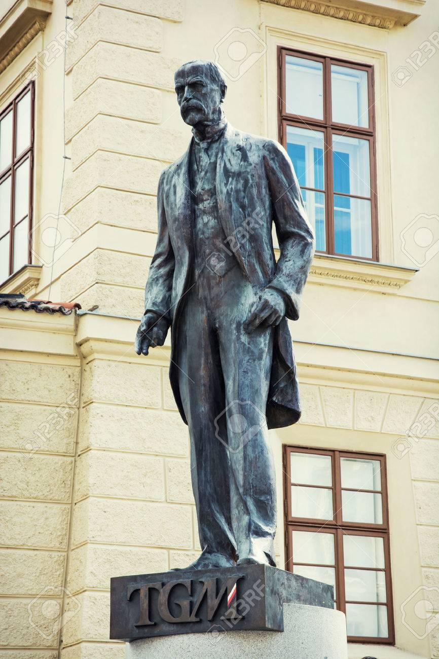 Tomas Garrigue Masaryk statue in Prague, Czech republic, central Europe. - 31402707
