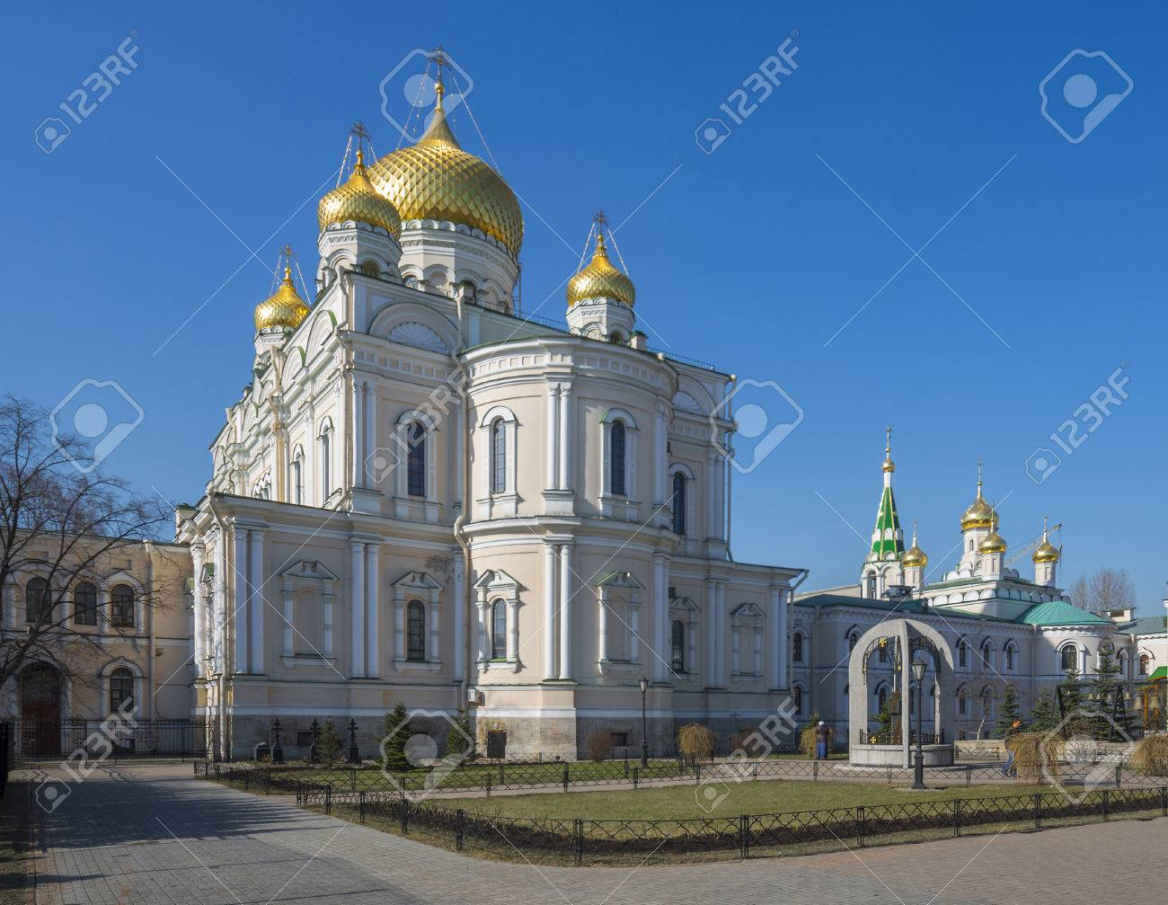 Resurrection Novodevichy Convent in St. Petersburg 31