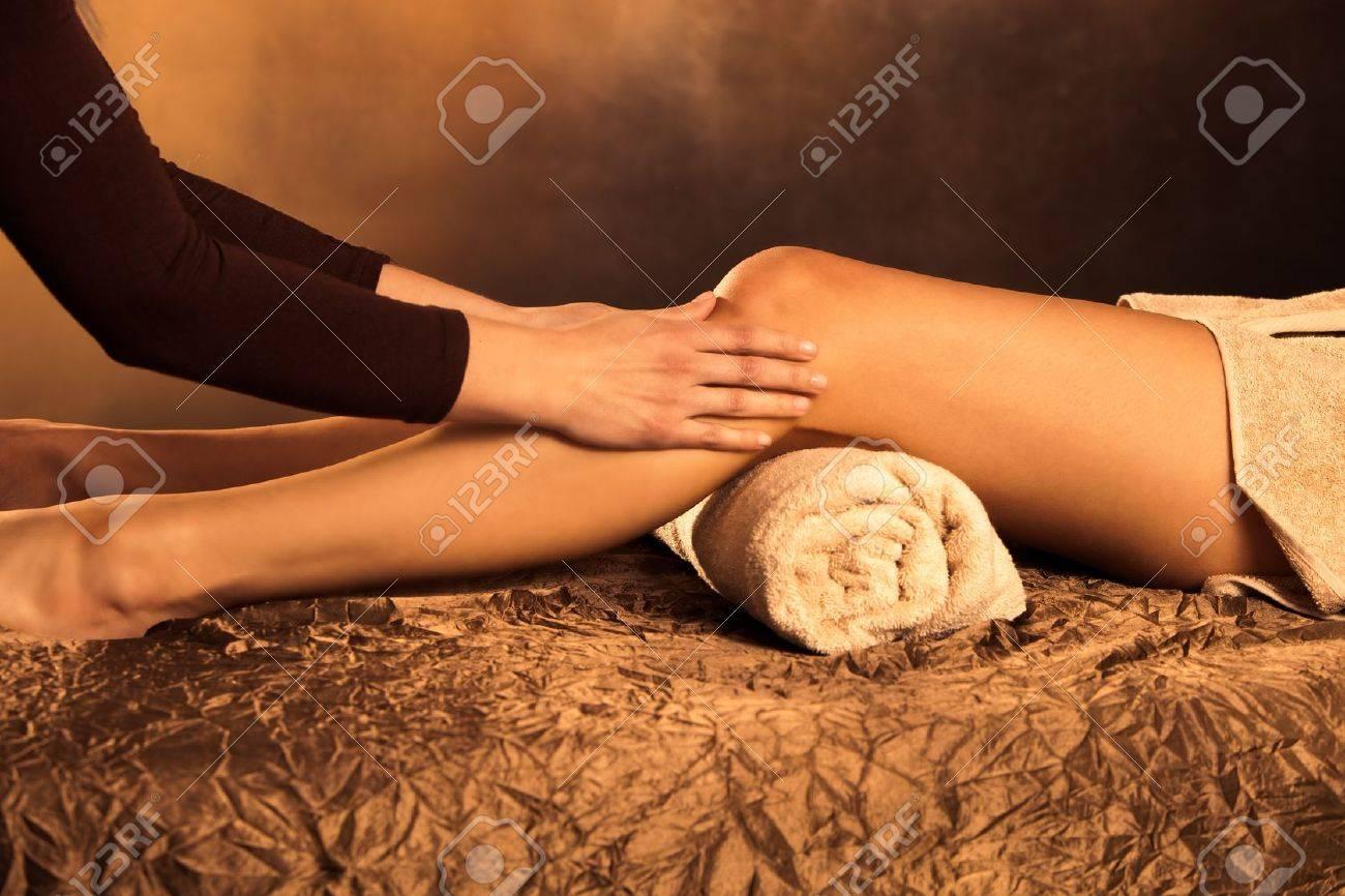 legs massage technique in spa Stock Photo - 13385636