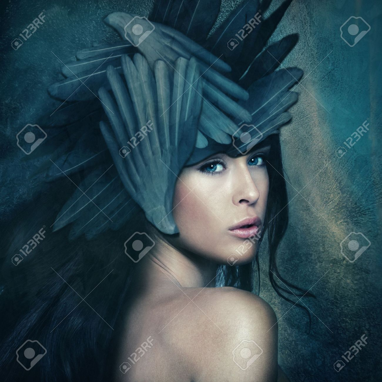 fantasy warrior goddess with helmet, small amount of grain added Standard-Bild - 19753291