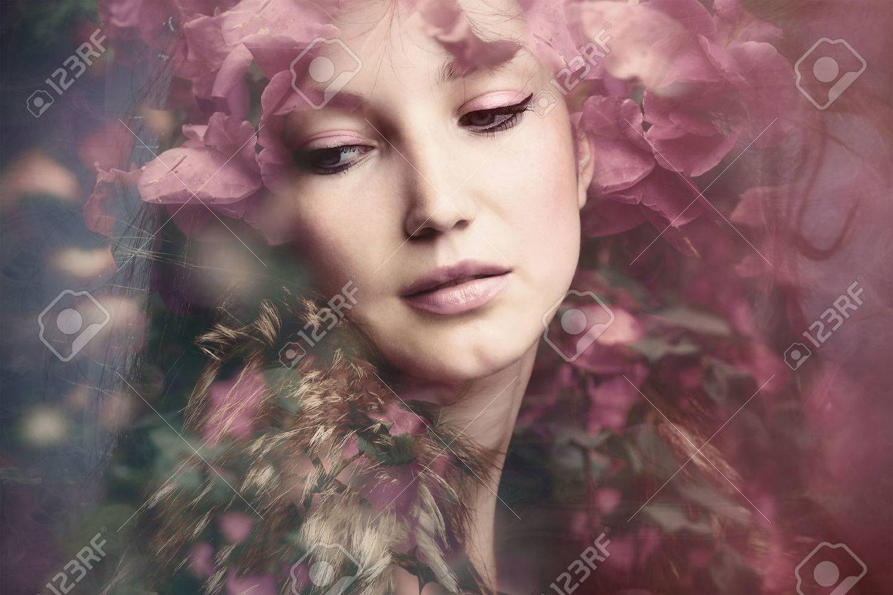 woman beauty portrait with flowers  composite photo Standard-Bild - 41986994