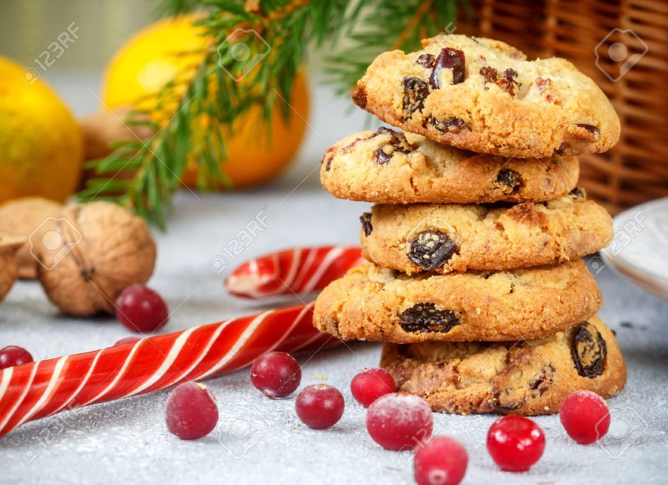 Weihnachten Butterkeks Mit Weißer Schokolade Und Getrocknete ...