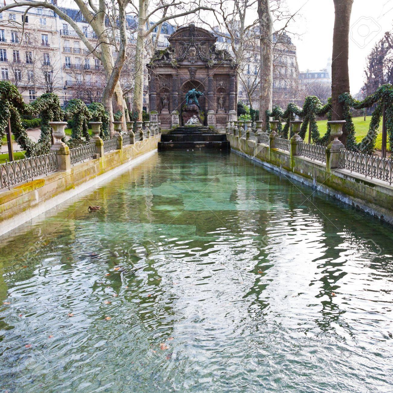 Photo Fontaine De Jardin fontaine de medicis, jardin du luxembourg, paris