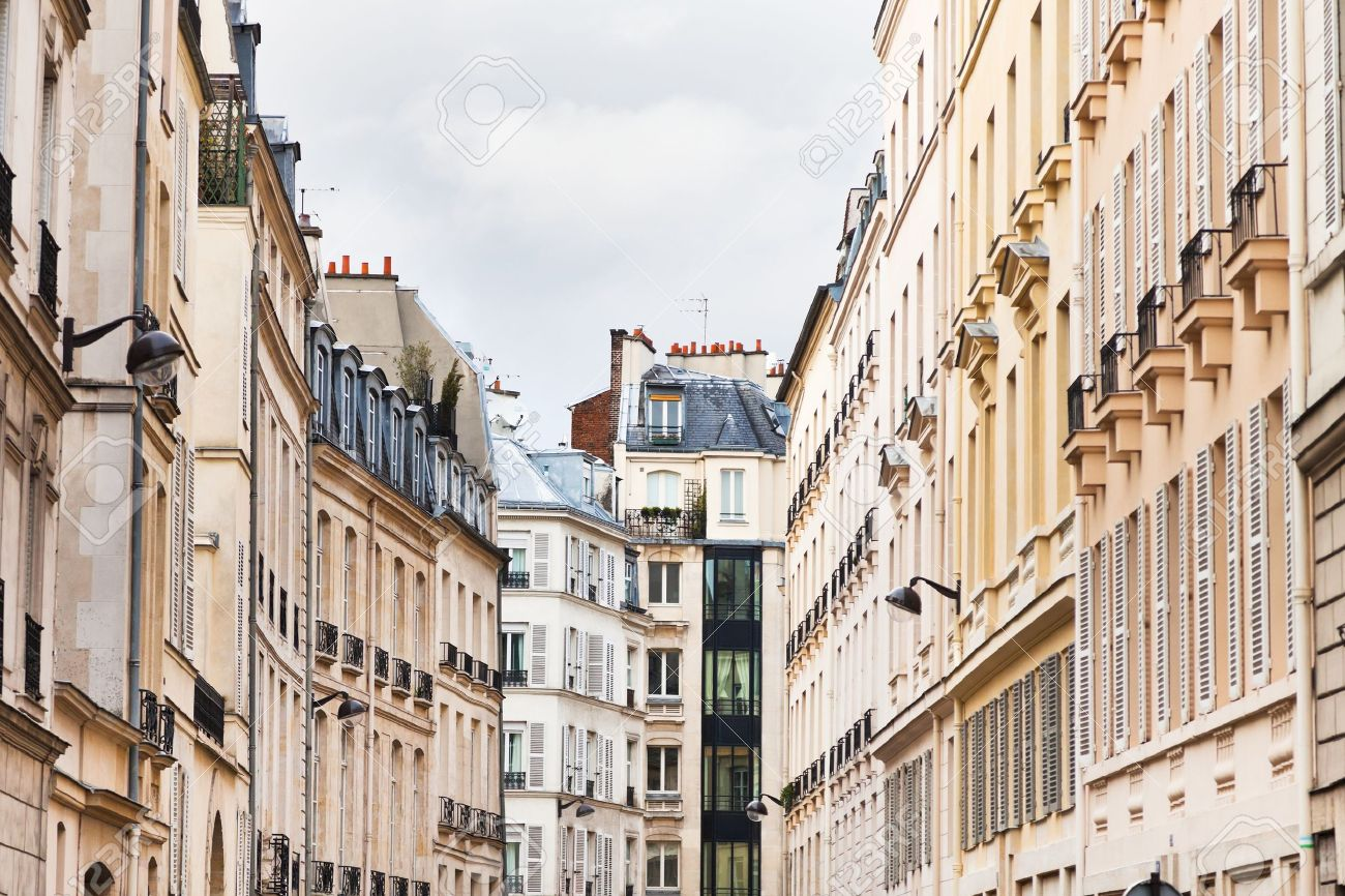 Paris buildings in cloudy spring day - 19288684