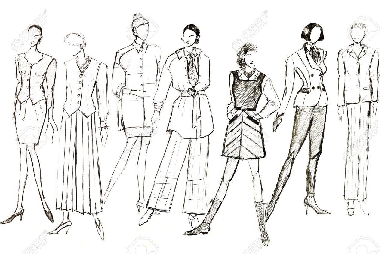 Boceto De Modelo De Moda Diseos De Ropa Femenina Fotos Retratos