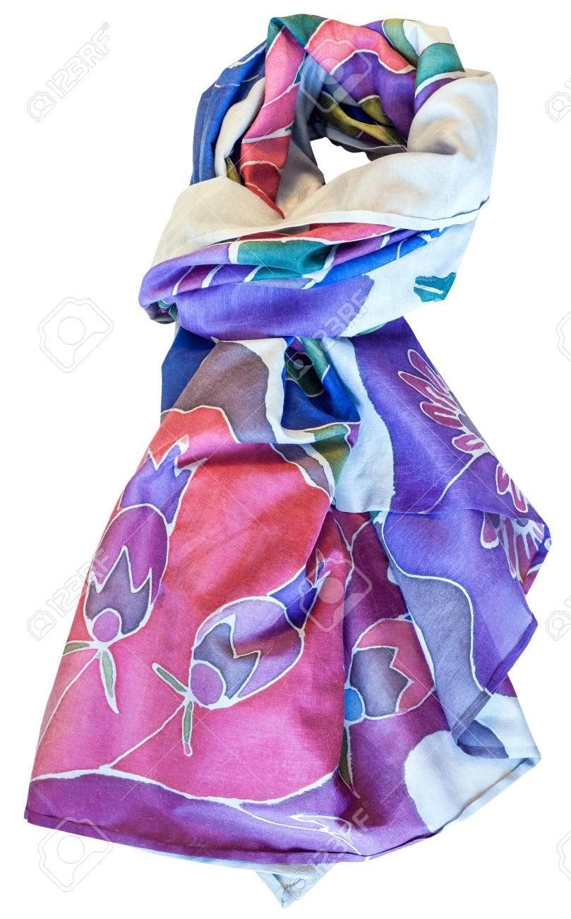 prix bas sans précédent magasiner pour les plus récents Foulard bleu et rose noué en soie batik peint à la main avec motif floral  isolé sur fond blanc