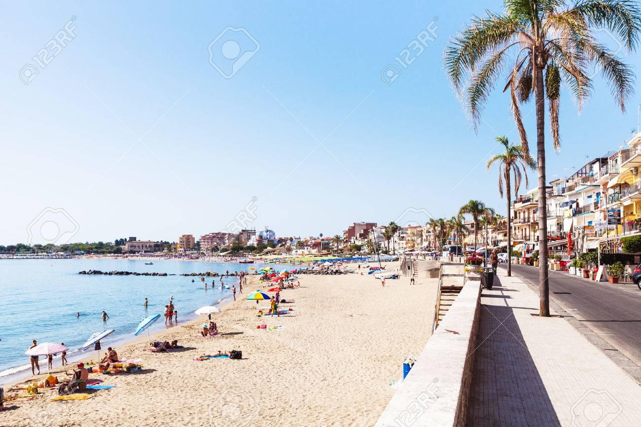 Giardini naxos una guida per la famosa località balneare della
