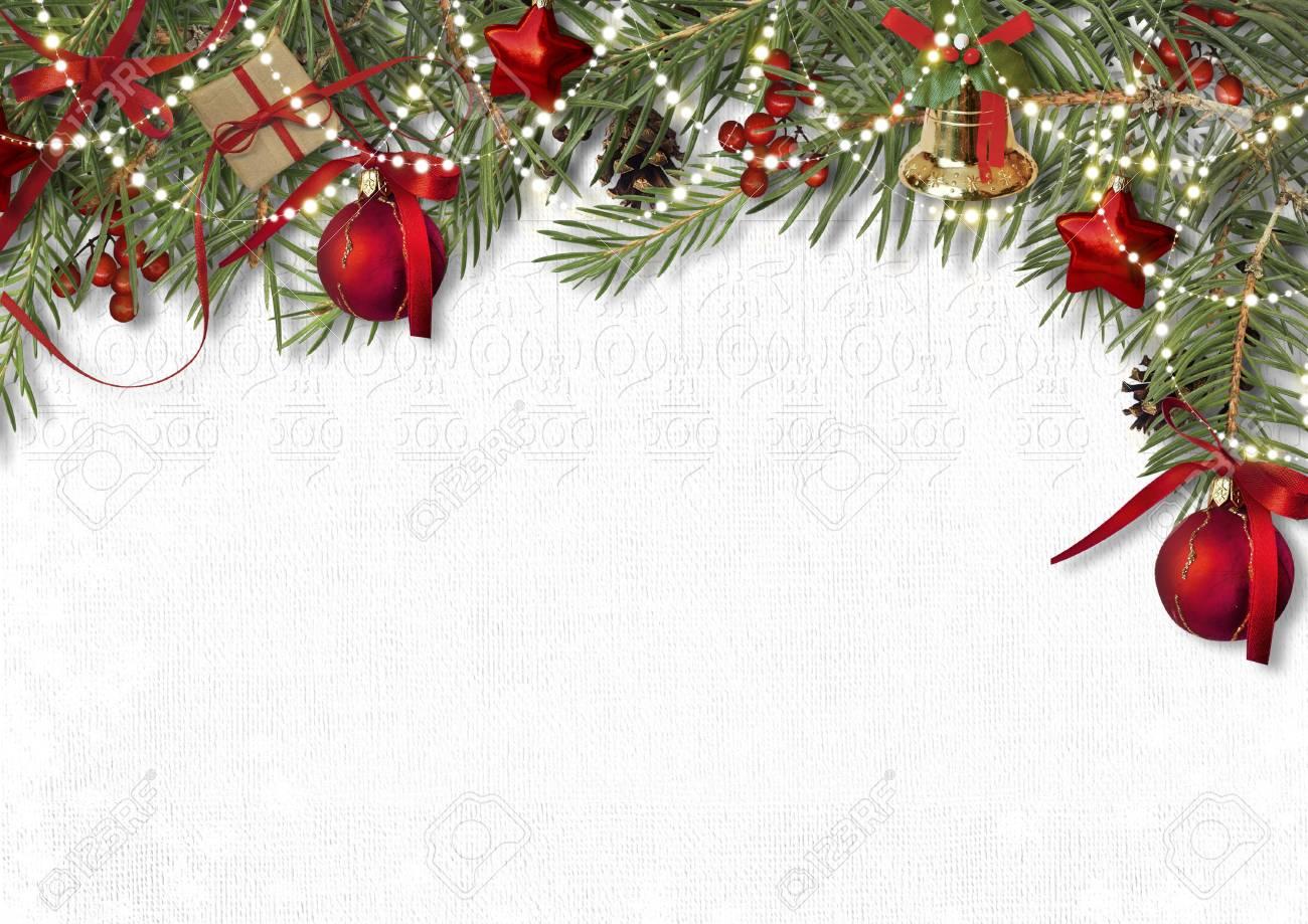 Image Bordure Noel.Bordure De Decoration De Noel Avec Cloche Sapin Et Boule Sur Papier Blanc