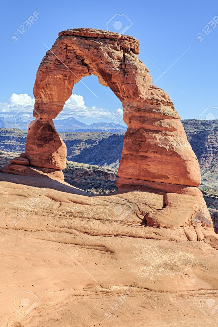 view of famous Delicate Arch, Utah, USA Stock Photo - 16977916