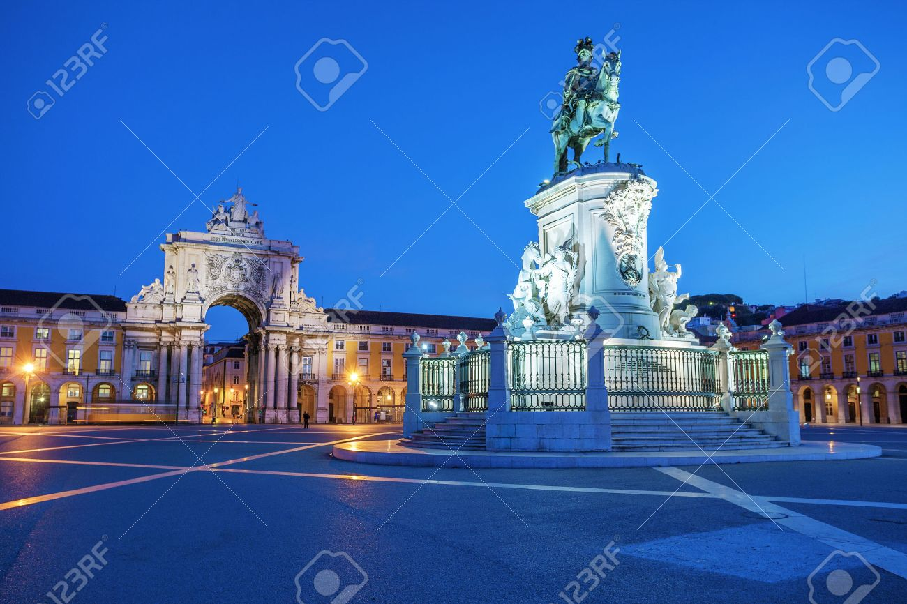 View on the Commerce Square and statue of King Joze I in evening illumination, Lisbon, Portugal. - 23182946