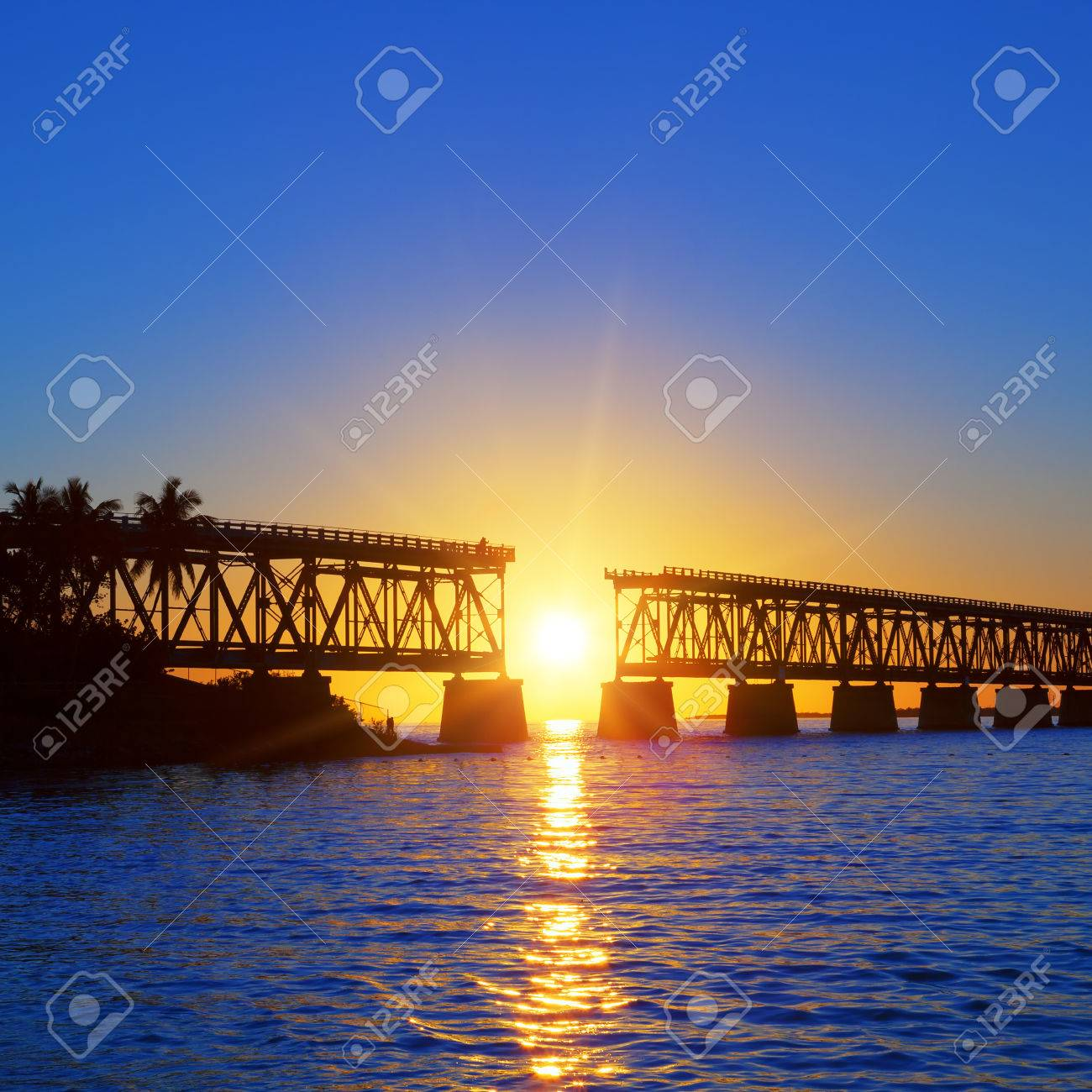 Colorful sunset with famous broken bridge, Keay West - 26406875