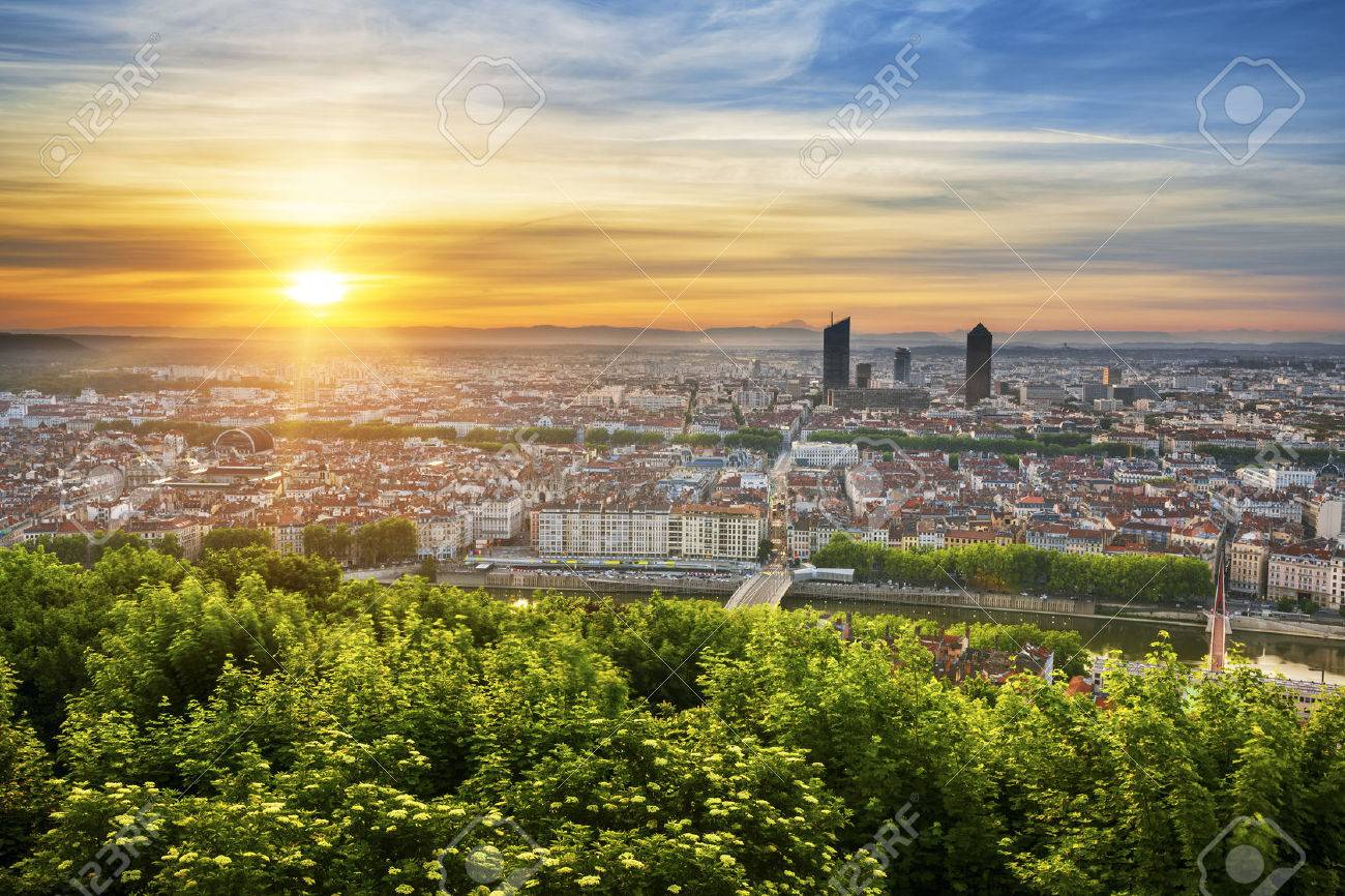 View of Lyon at sunrise, France. - 40237806