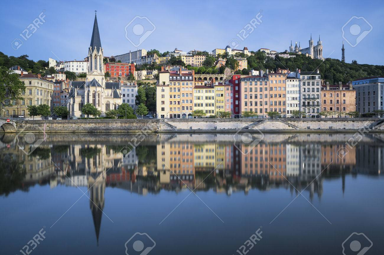 Beautiful view of Saone river in Lyon, France - 40323863